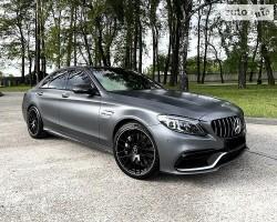Продам авто Mercedes C63 AMG